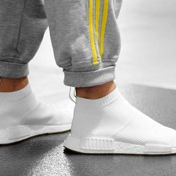VLX85E Beauty Ticks Women Adidas Nmd Boots Casual Nmd Sports Shoes Black White
