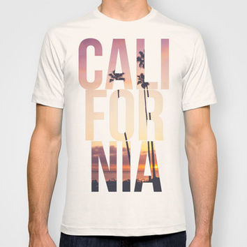 CALI FOR NIA T-shirt by Thecrazythewzrd