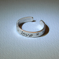 Toe ring in sterling silver with love by NiciLaskin on Etsy