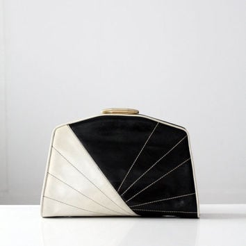 SALE Vintage Black and White Clutch / 1980s Leather Bag