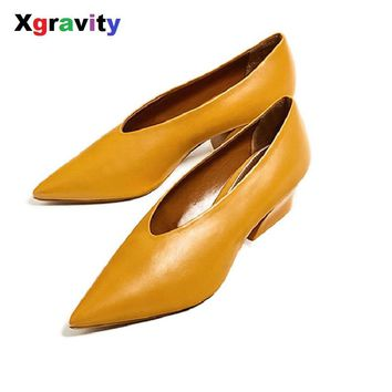 2017 New Autumn Chunky Wedge Shoes Elegant Mid Heeled Lady Fashion Pointed Toe Shoes Women's Genuine Leather OL Footwear C114
