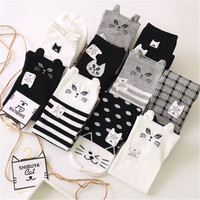 Women's Socks Black White Harajuku Cat Socks Cotton Socks Women Warm Lovely Middle Tube Socks 36-39