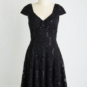 LBD Mid-length Short Sleeves A-line Cask Party Dress in Noir