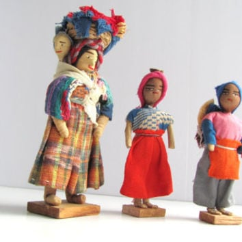 Vintage Peruvian Mother Children Doll Figurines