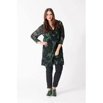 Yoek Tunic Embroidered Neck Aster