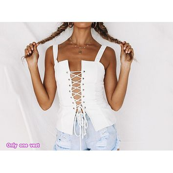 Spring and summer new women's fashion straps with eye-catching chest vest