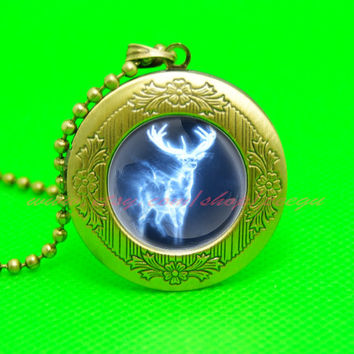 deer Harry Potter locket necklace, deer Harry Potter pendant necklace, girlfriend boyfriend gift