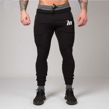 2018 New fashion High Quality Jogger Pants Men Fitness Bodybuilding Gyms Pants For Runners Clothing Autumn Sweat Trousers Britch
