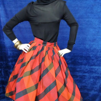 50s Silk Full Skirt Vintage/ Red Black Plaid Circle Skirt, Tulle Lining/Abby Michael/ Museum Couture