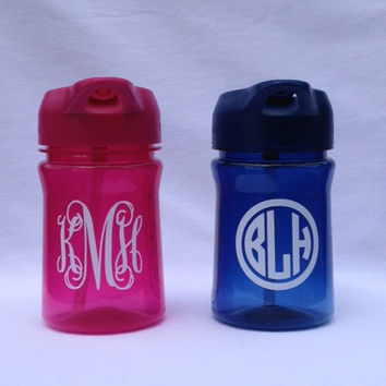 Personalized Christmas Gifts - Personalized Kids Cup - Flip Top Straw Water Bottle -  Monogram Toddlers Cup