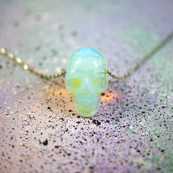 Opal Skull Crystal Necklace / Opalite Skull Crystal Jewelry, Pastel Goth Clothing, Glowing Opal Necklace, Crystal Skull, Gifts for Her