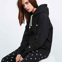 Champion Hoodie in Black - Urban Outfitters