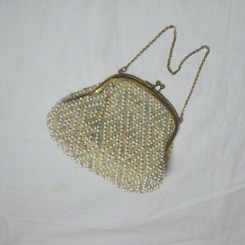 1950s Vintage Corde Bead Purse, by Lumured, Pastel & White Beads on Ivory Net, Rhinestone Kissing Clasp, Vintage Purse, 1950s Fashion Purse