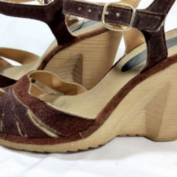 Vintage Suede Platform Heel Shoes/Brown Suede Rubber Platform Summer Shoes/Hippie Bohemian Groovy Shoes/Size 6 Vintage Shoes
