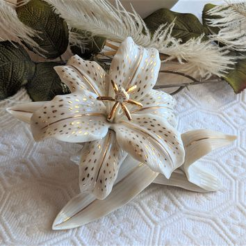 Lenox Classic Ivory Lily - Limited Edition Figurine