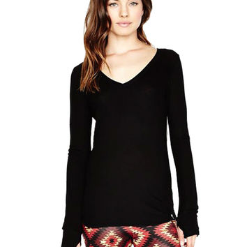 Michael Lauren Otis L/S V Neck w/Thumbhole in Black