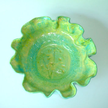 Turquoise ceramic bowl with Queen Anne's Lace design by Clayshapes