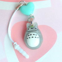 Studio Ghibli My neighbour Totoro charm gray - cute dust plug - heart phone strap - Anime phone charm - Kawaii charm - pastel kei