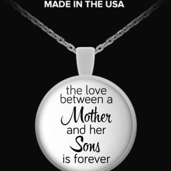 Love Between Mother and Sons - Round Necklace love-my-sons-necklace