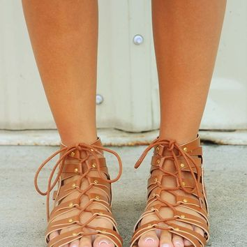 Who Runs The World Sandals: Cognac - Sandals - Shoes - Hope's Boutique
