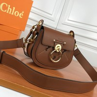 CHLOE WOMEN'S LEATHER INCLINED SHOULDER BAG