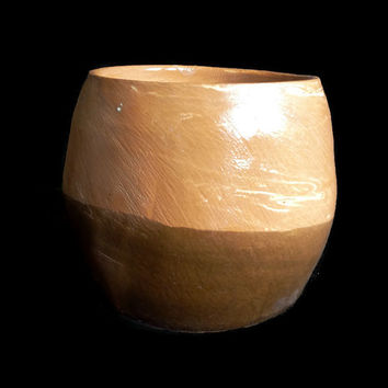 Ceramic Pot - Brown decorative vase for plants- Small jar- Ceramic/pottery- Made with red clay and glazed brown. molded on potter's wheel.