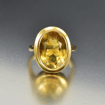 Vintage English Retro Gold Citrine Ring