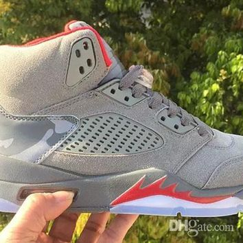 (With Box) 2017 air jordan retro 5 5s camo men Basketball Shoes camouflage trophy room retro 5s Grey Red sports shoes Sneakers size 41-47