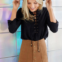 Suede Front Buckle Package Hip Skirt - White/Black/Blue