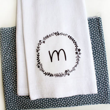 Personalized Kitchen Towel with Floral Wreath and Initial, Letter ,Tea Towel, Kitchen Towel, Home Decor Gift