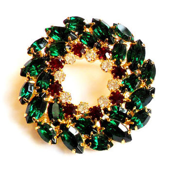 Vintage Rhinestone Christmas Wreath Brooch - Broach Pin - Green Red White - Sparkling Bling - Holiday Jewelry -Christmastime - Glass Stone
