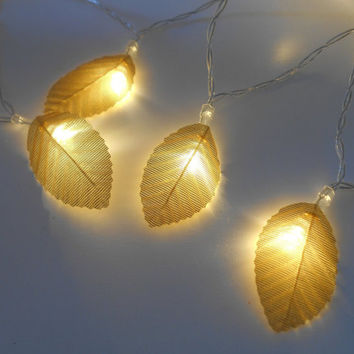 Gold Leaves Fairy Lights / String Lights - LED Garland - Battery Operated - Golden Leaf - Choose 1m 2m 3m 4m 5m - Wedding Bedroom Decoration