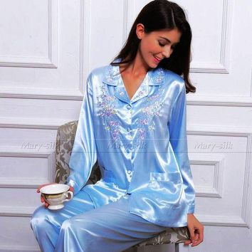 VONEGQ Womens Silk Satin Pajamas Set   Pyjamas PJS Set  Sleepwear Set  Nightwear Loungewear   XS~ 3XL  Plus Size__Gifts