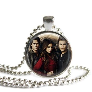 The Vampire Diaries Full Moon 1 Inch Silver Plated Pendant Necklace Handmade