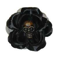 Black Tiki Skull Rose Hair Clip