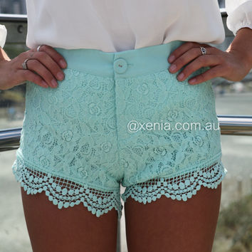 Twee Lace Shorts