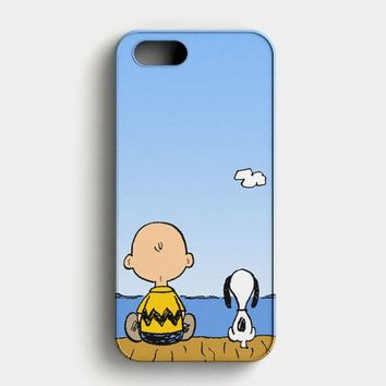 Snoopy And Charlie Brown iPhone SE Case