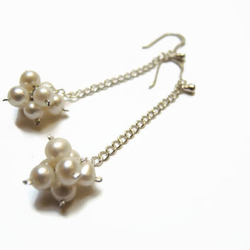 white pearl earrings, handmade beaded wedding dangle earrings of pearls and sterling silver, 925 silver earhooks