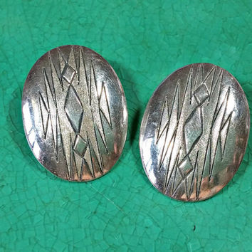 Vintage Southwest Southwestern Silver Earrings Native American Etchings on Oval Domed Pierced Earrings with Posts and Butterfly Backings