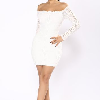 Gracelynn Off The Shoulder Dress - White/White