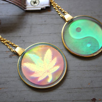 VTG Yin Yang OR Weed Leaf 90s Glass Hologram Charm Long Necklace