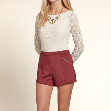 Scalloped Hem Slim Lace Top