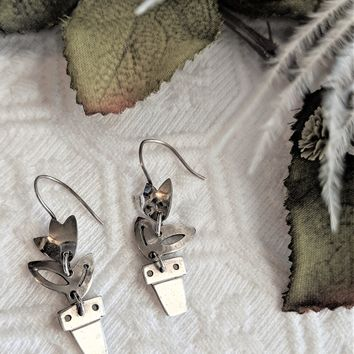 Vintage Signed Sterling Silver Articulated Flower Pot Tulip Drop Dangle Earrings
