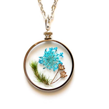 Terrarium Necklace Nature Jewelry Turquoise Flower and Moss Round Glass Pendant Antique Silver Chain