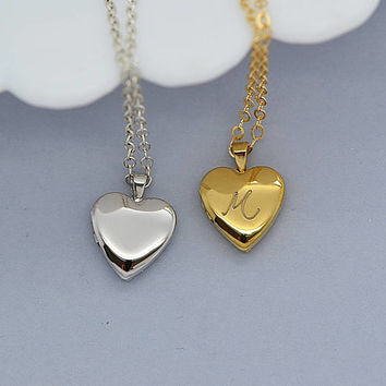 Heart Locket, Locket Necklace Personalized, Initial Heart Necklace, Gold or Silver Locket Heart, Tiny Locket, Locket Charm Necklace