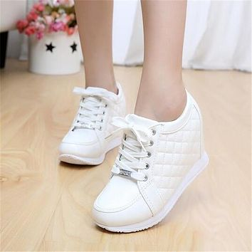 Spring Autumn Fashion Women Wedge Shoes High Heel 8CM Breathable Height Increasing Platform Shoes Ankle Boots Chaussure Femme