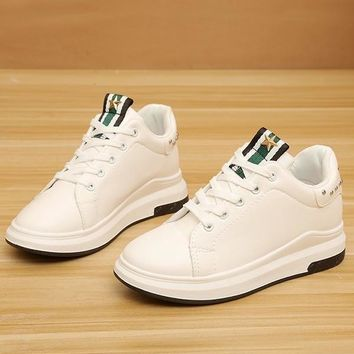 White Round Toe Flat Rivet Cross Strap Fashion Shoes