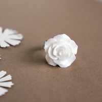 Ideal Life// Large white resin rose ring on adjustable band -- Fairy Tale Inspired Accessories