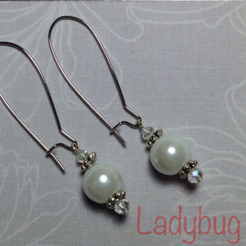 SALE!!!! Glass pearl dangle earrings on nickel free kidney wires