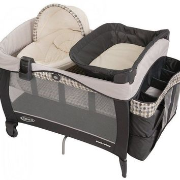 Graco Baby Pack 'n Play Newborn Napper Elite Crib Bassinet Playard Vance